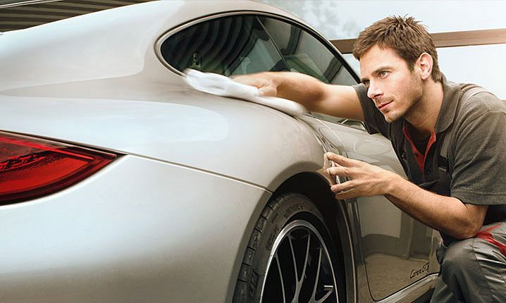 2020_02_STARKE_Porsche_Zentrum_Features_Aufbereitung